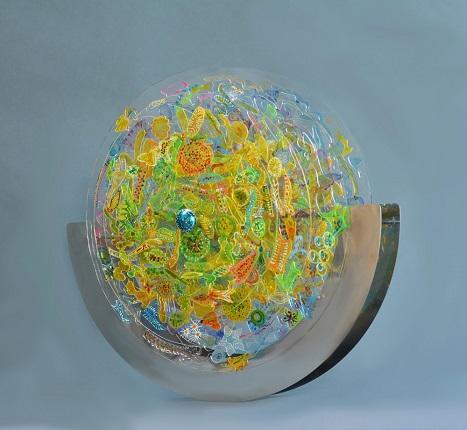 Κοροβέση Αγγέλικα, Πλαγκτόν-Ισορροπία, 66 x 60 x 30 cm, Ανοξείδωτος χάλυβας καθρέπτης, plexy glass, χρώμα, 2017